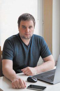 Антон Ануфриев